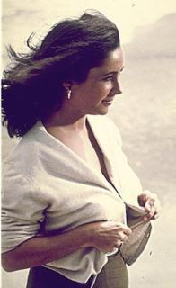 Elizabeth Taylor [299x488] [23.54 kb]