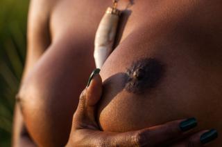 Ivi Pizzott in Playboy Nude [2739x1826] [509.06 kb]