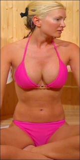 Caprice Bourret en Bikini [300x595] [22.74 kb]