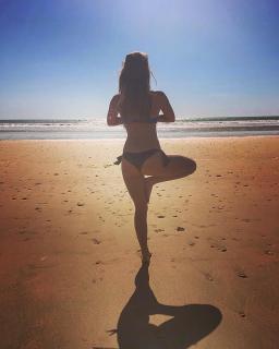 Amanda Parraga in Bikini [1080x1350] [217.25 kb]