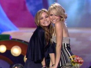 Mary-Kate y Ashley Olsen [640x480] [39.48 kb]