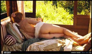 Christa Théret en Renoir Desnuda [1270x750] [271.55 kb]