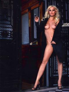 Ivonne Schönherr en Playboy Desnuda [3060x4096] [1260.02 kb]