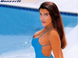 Adriana Cataño [1024x768] [70.3 kb]