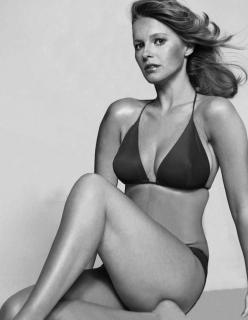 Cheryl Ladd en Bikini [895x1152] [133.46 kb]