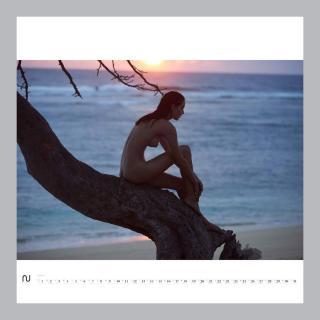 Anna Wolf en Nu Muses 2017 Desnuda [900x900] [83.07 kb]