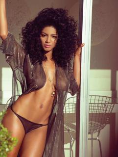 Kate Rodríguez en Playboy [1276x1689] [367.44 kb]