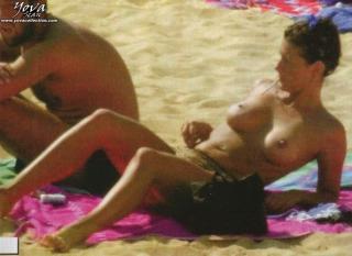 Eva Paz Gasco en Topless [685x500] [51.02 kb]