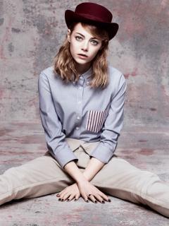 Emma Stone en Vogue [936x1244] [294.2 kb]