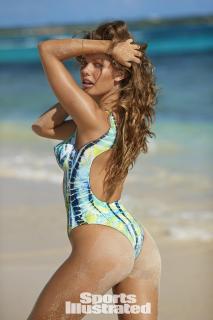 McKenna Berkley en Si Swimsuit 2017 Bodypaint [1280x1920] [336.8 kb]