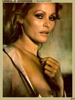 Ursula Andress [455x600] [40.28 kb]