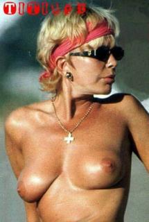 Bárbara Rey en Topless [404x600] [43 kb]