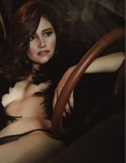Marie Gillain in Lui Magazine Nude [928x1200] [98.34 kb]