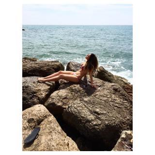 Lorena Gómez en Bikini [1080x1080] [311.74 kb]