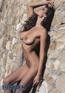 Dayane Mello en For Men Desnuda [705x1005] [473.63 kb]
