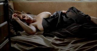 Clara Segura en Cenizas Del Cielo Desnuda [720x384] [32.65 kb]