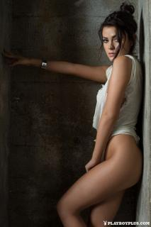 Alexandra Tyler en Playboy [683x1024] [134.59 kb]