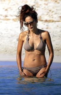 Patricia Pérez en Bikini [515x800] [69.95 kb]