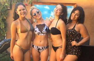 Victoria Moroles en Bikini [1118x726] [172.98 kb]