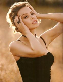 Kylie Minogue [762x986] [71.54 kb]