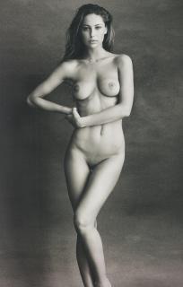 Mathilde Gøhler Nude [2487x3900] [1995.76 kb]