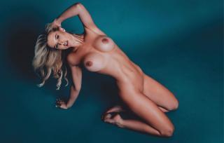 Brennah Black en Playboy Desnuda [1920x1228] [194.66 kb]