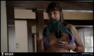Amanda Peet in Togetherness Nuda [1300x780] [150.09 kb]