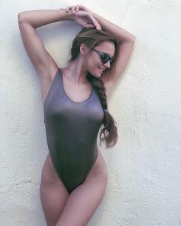 Melody Ruiz [768x960] [134.79 kb]