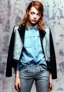 Emma Stone en Vogue [936x1331] [396.67 kb]