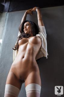 Raquel Pomplun en Playboy Desnuda [720x1080] [125.49 kb]