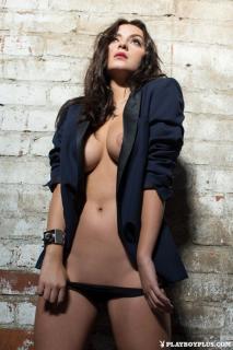 Alexandra Tyler en Playboy Desnuda [683x1024] [175.48 kb]