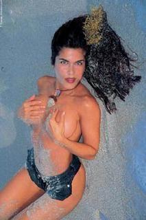 Adriana Cataño [213x320] [13.39 kb]