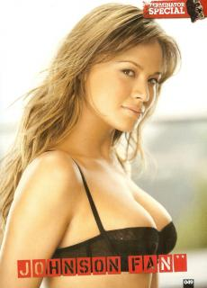 Moon Bloodgood en Loaded [1212x1680] [309.89 kb]