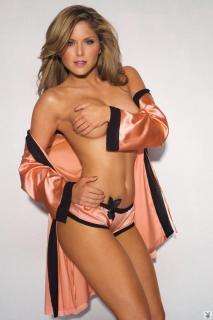 Brittney Palmer in Playboy [719x1080] [70.82 kb]