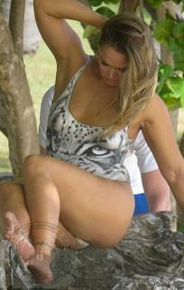 Ronda Rousey [1224x1912] [281.06 kb]