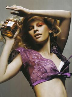Alicja Ruchala en Vanity Fair [1147x1536] [245.06 kb]