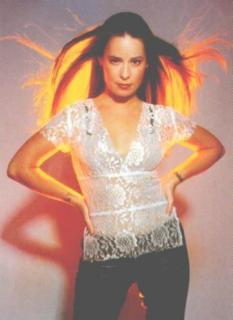 Holly Marie Combs [361x495] [23.19 kb]