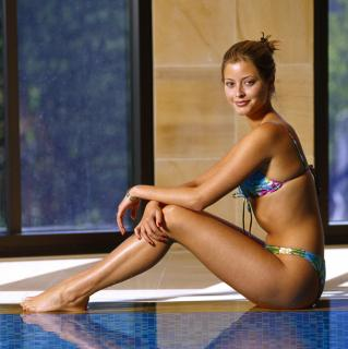 Holly Valance [3590x3595] [1328.7 kb]