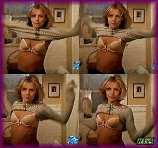 Michelle Pfeiffer [447x420] [30.73 kb]