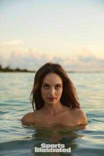 Alexa Ray Joel en Si Swimsuit 2017 [1280x1920] [160.53 kb]