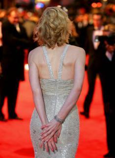 Cate Blanchett [749x1024] [92.68 kb]