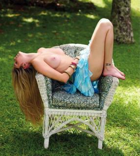 Bárbara Evans in Playboy Nude [1215x1355] [421.42 kb]