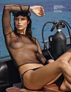 Emily DiDonato en Lui Magazine Desnuda [1403x1800] [314.51 kb]