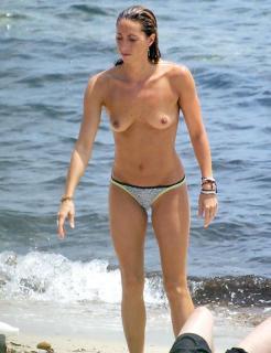Gemma Mengual en Topless [615x800] [63.68 kb]
