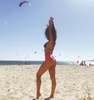 María Pedraza in Bikini [1080x1149] [183.58 kb]