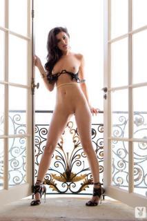 Val Keil en Playboy Desnuda [683x1024] [129.2 kb]