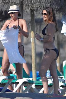 María José Suárez en Bikini [980x1470] [248.8 kb]