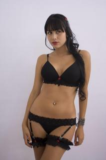 Juliana Gómez Callejas [1067x1600] [80.63 kb]