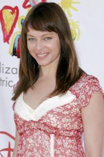 Melinda Clarke [2001x3000] [478.66 kb]