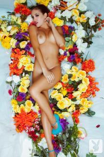 Jaclyn Swedberg en Playboy Desnuda [720x1080] [158.19 kb]